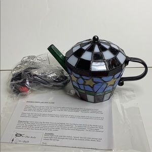 Tiffany style Teapot accent lamp